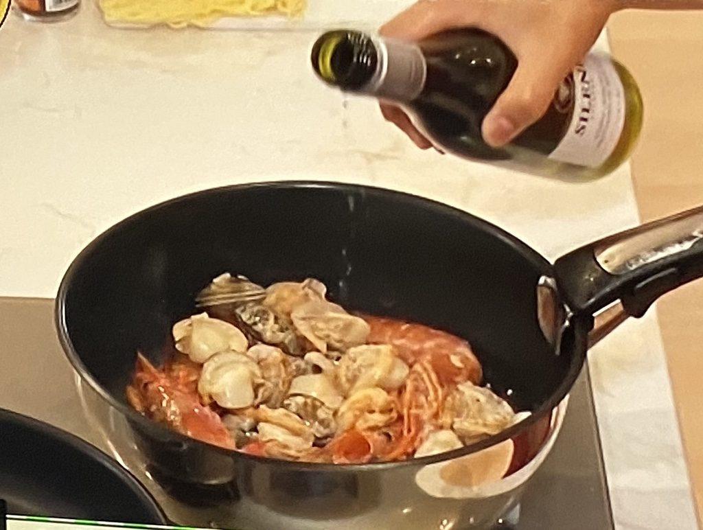 パエリア風海鮮トマト焼きそばの作り方 志麻さんレシピ
