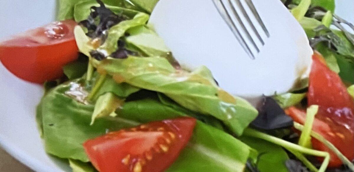 ブッラータと天然水トマトのサラダ コストコ