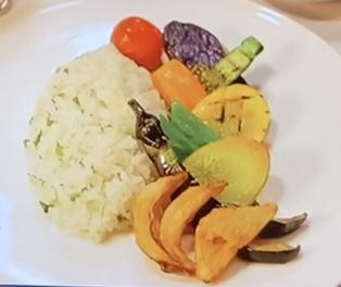 帝国ホテル野菜カレー盛り付け